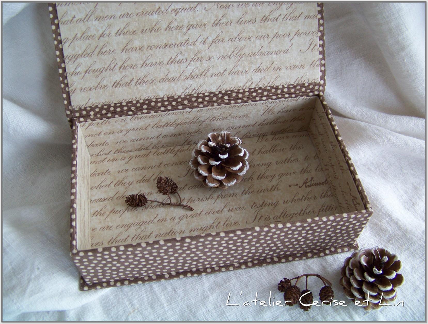 Boîte Santa 159