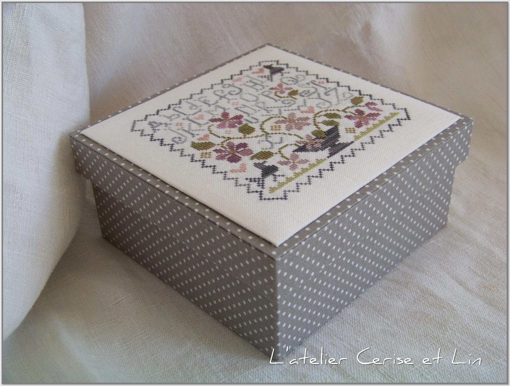 Boîte ABC Violettes 009