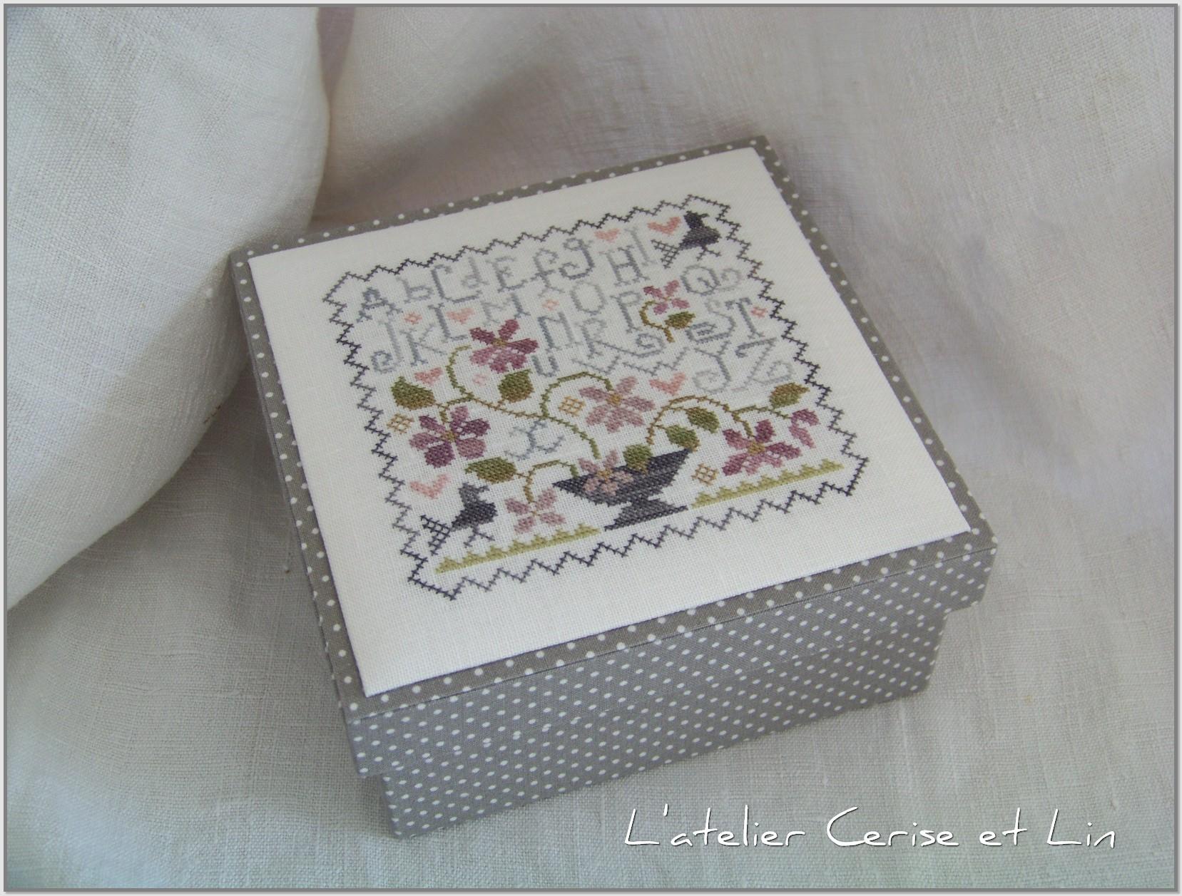 Boîte ABC Violettes 027