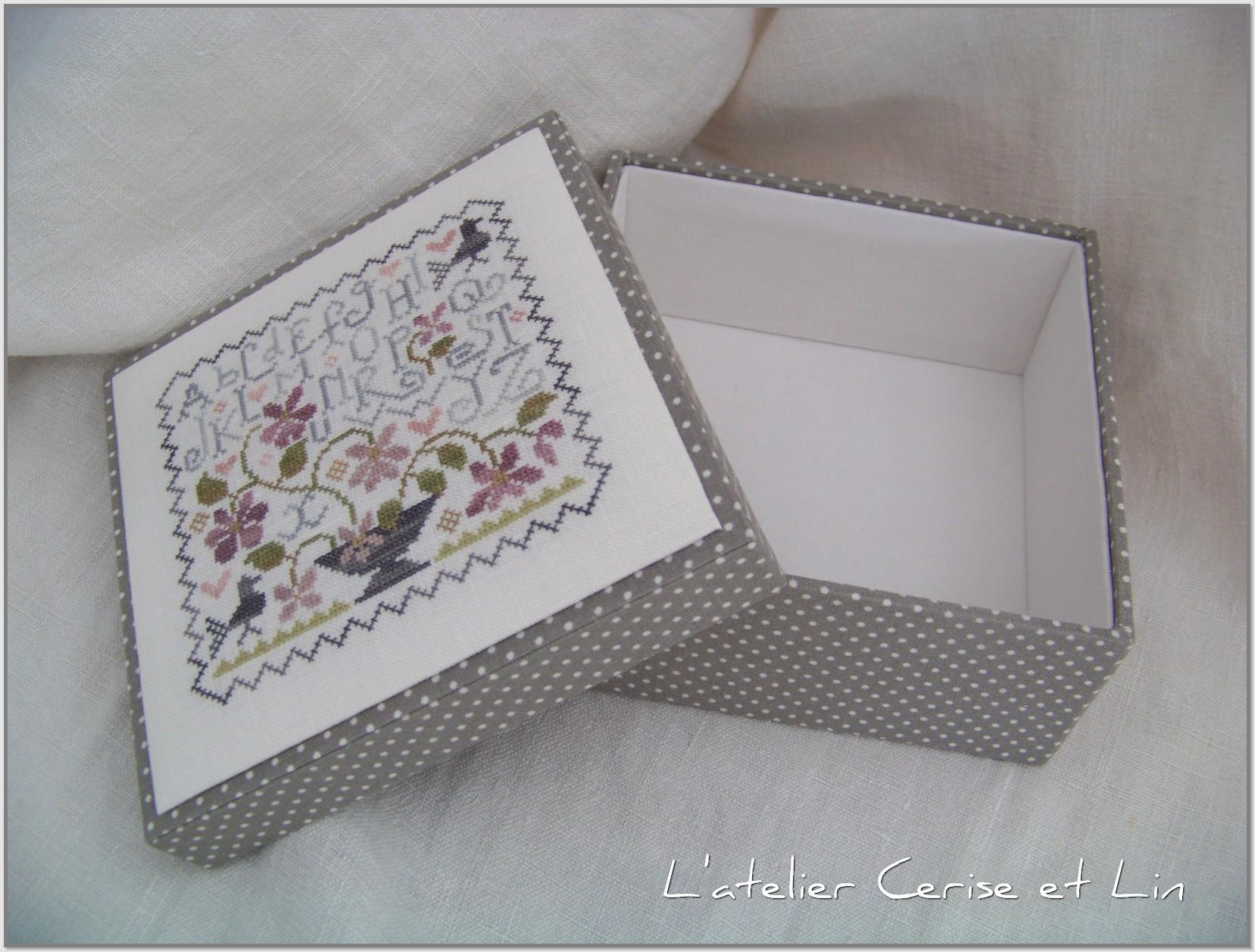 Boîte ABC Violettes 015