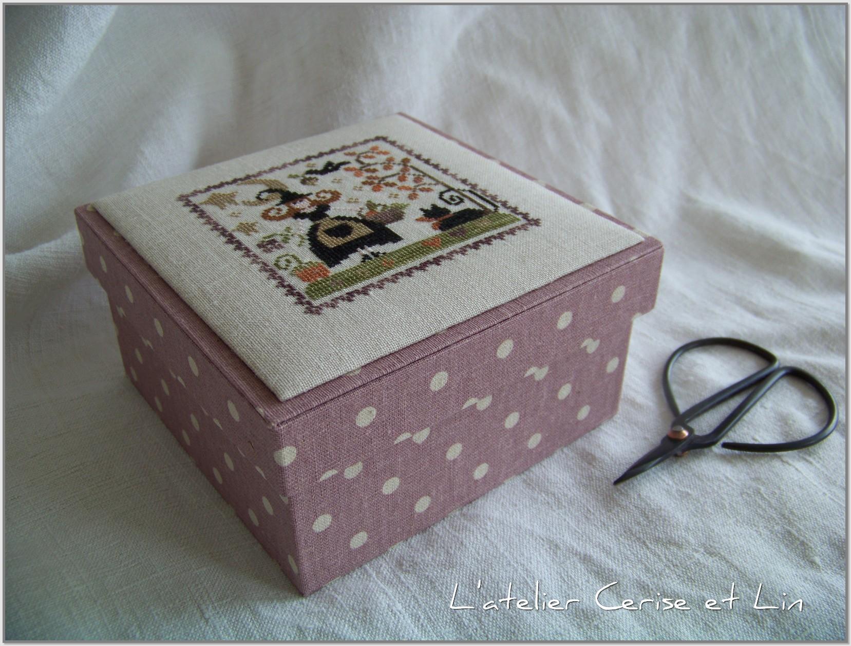 Boîte Tralala - Je suis au jardin automne 006