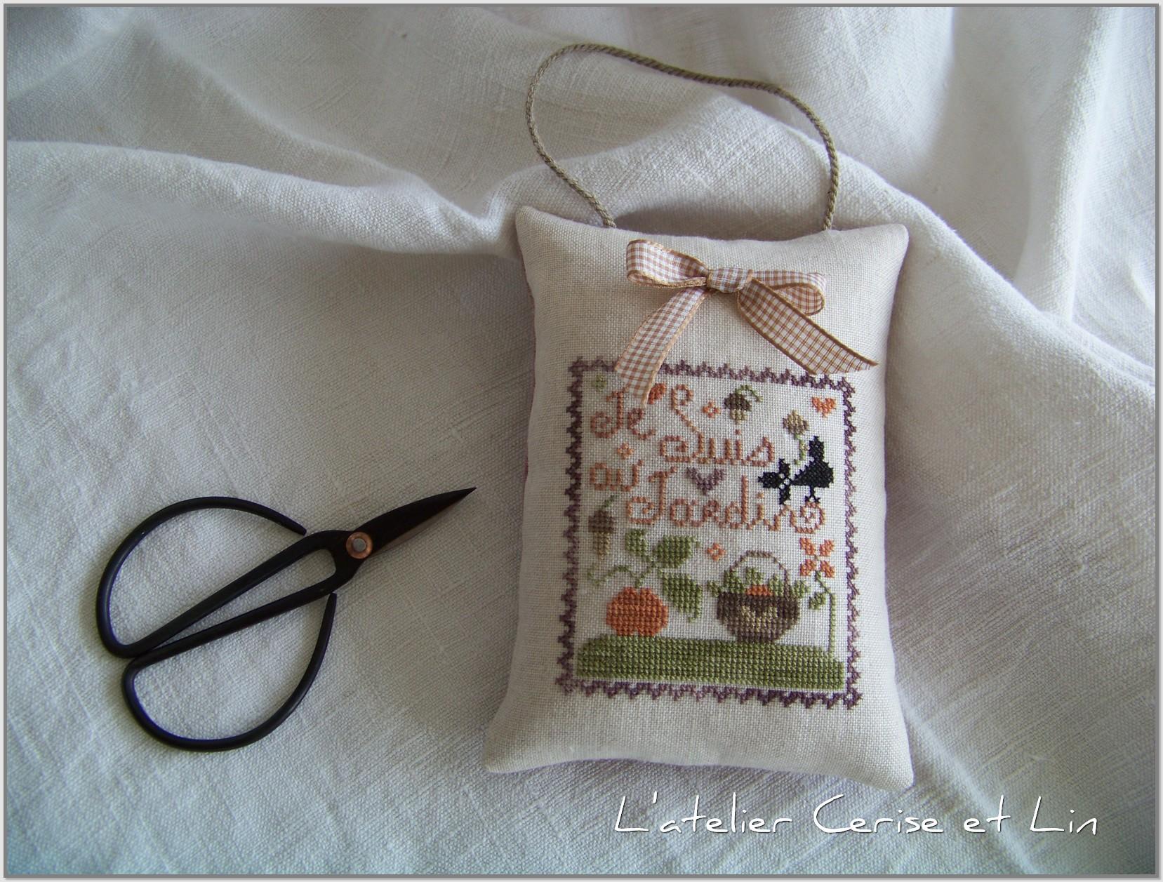 Boîte Tralala - Je suis au jardin automne 018