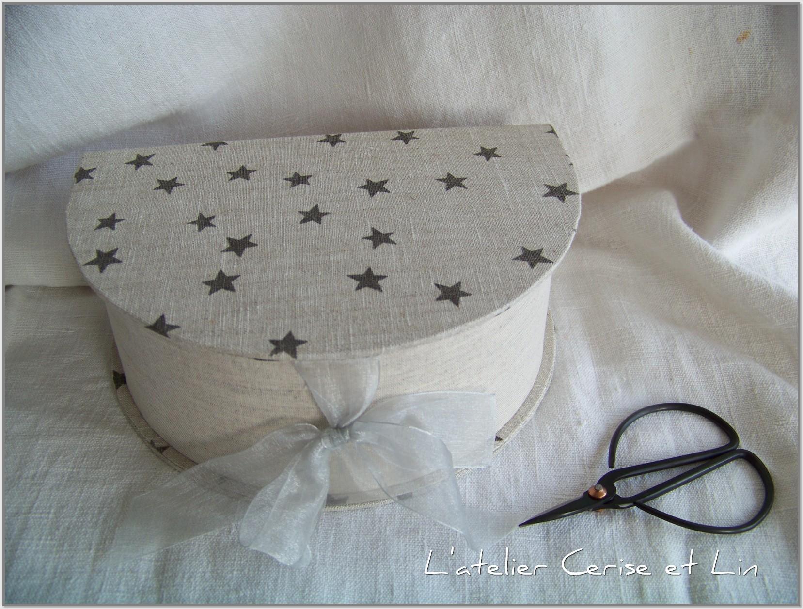 petite bo te demi lune l 39 atelier cerise et lin. Black Bedroom Furniture Sets. Home Design Ideas