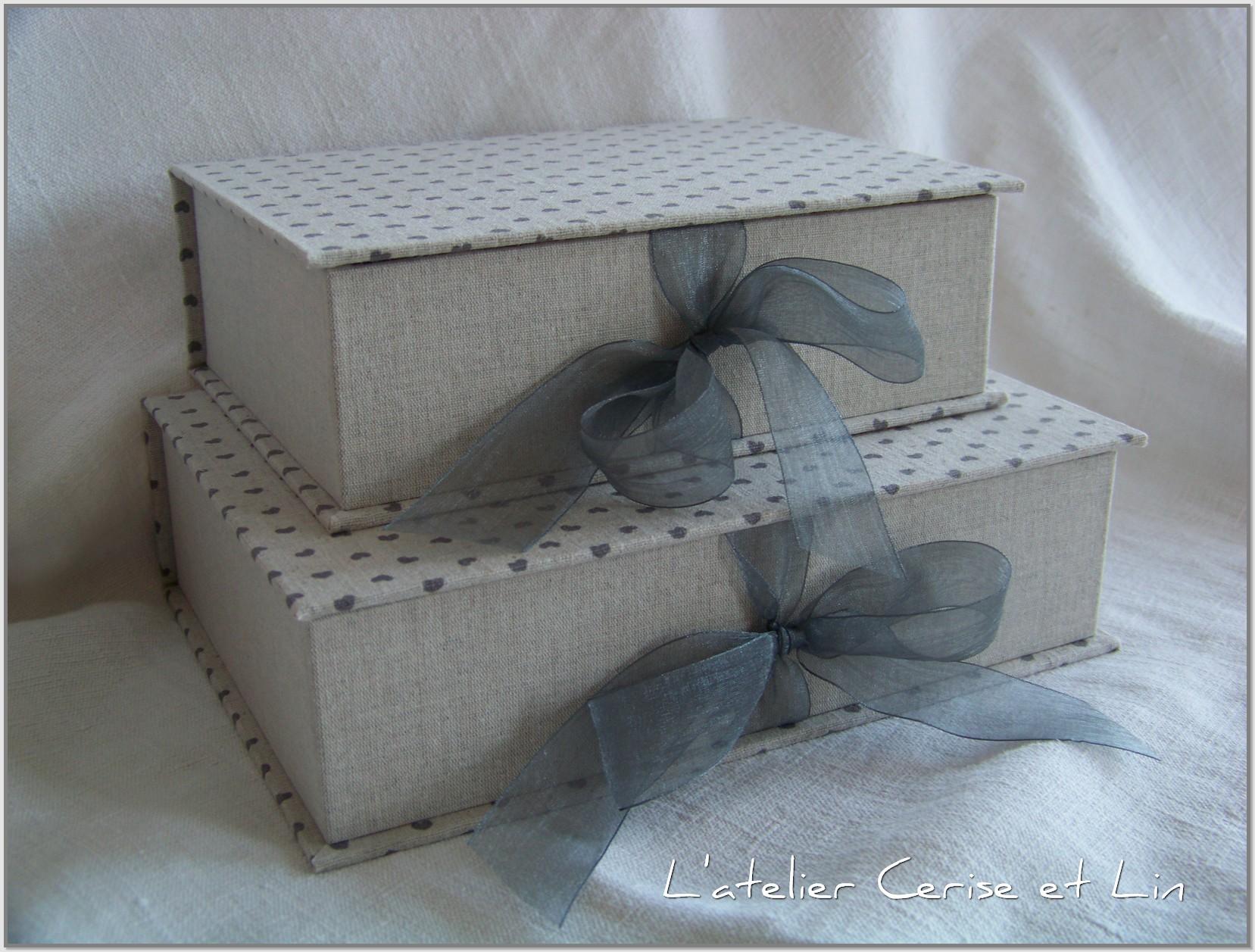 Boîte Lin (fleurs et coeurs) 016