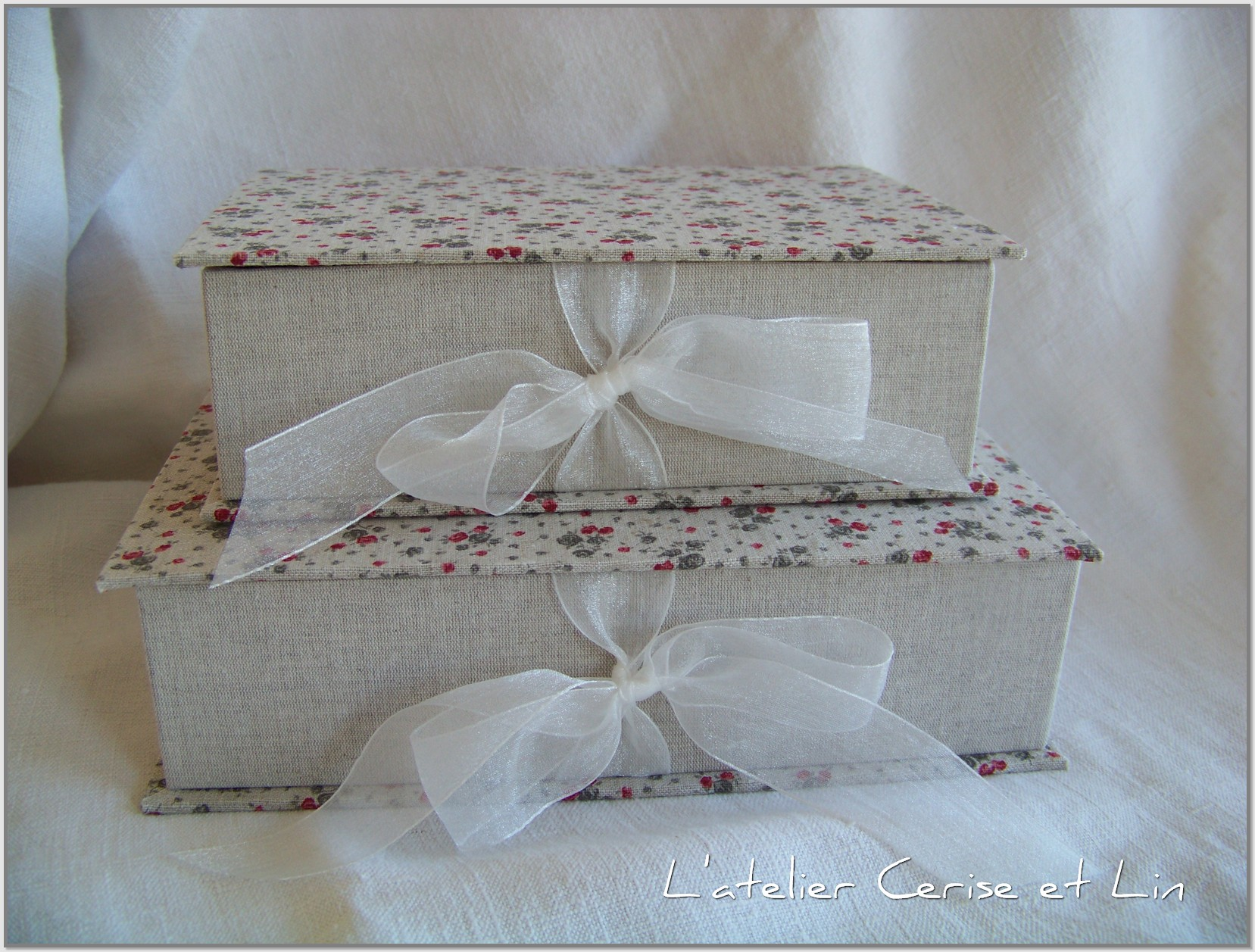 Boîte Lin (fleurs et coeurs) 008