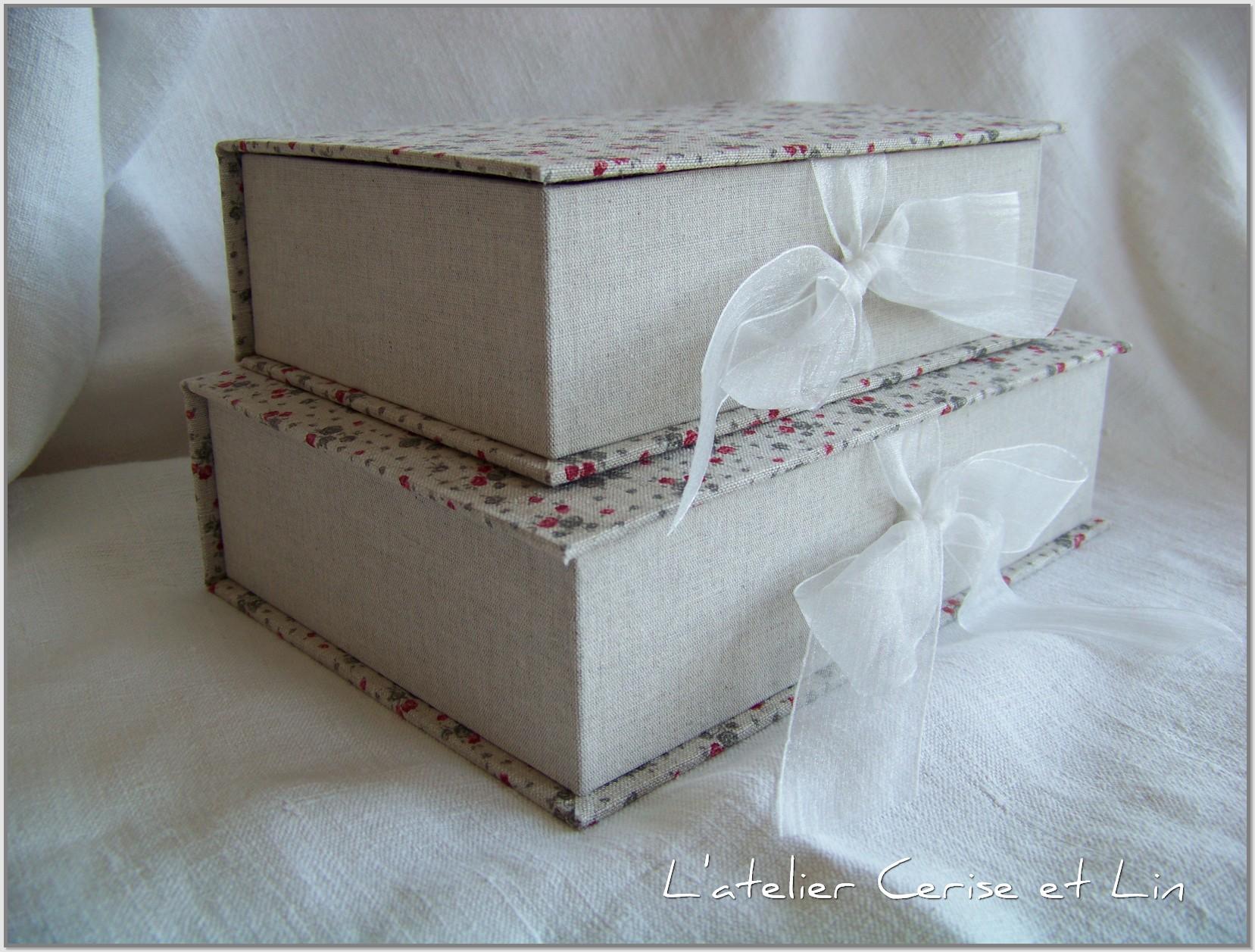 Boîte Lin (fleurs et coeurs) 010