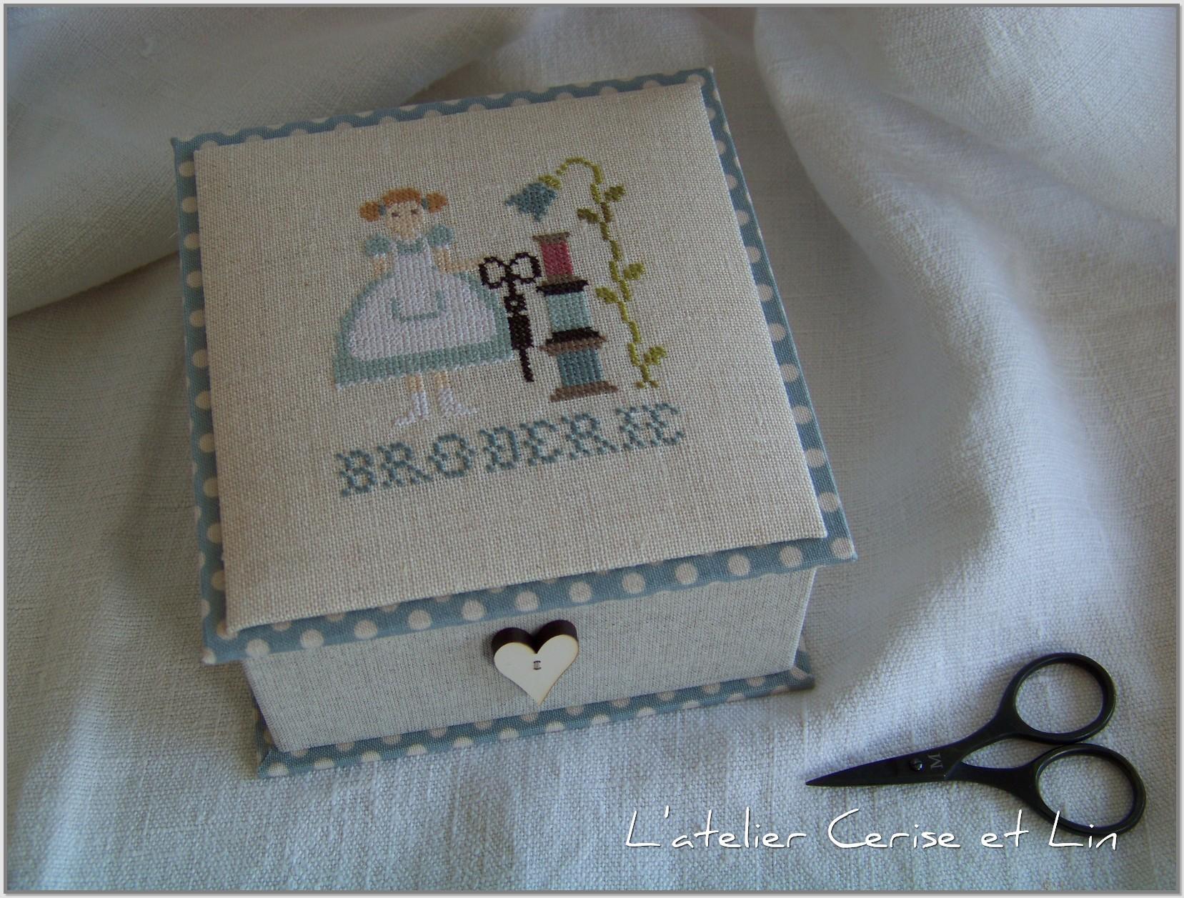 Boîte Mme Chantilly - Bergère Bricoleuse 004
