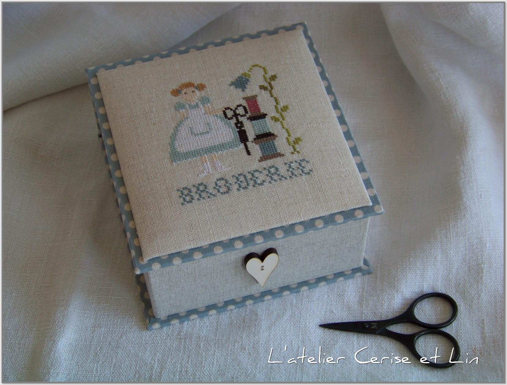 Boîte Mme Chantilly - Bergère Bricoleuse 015