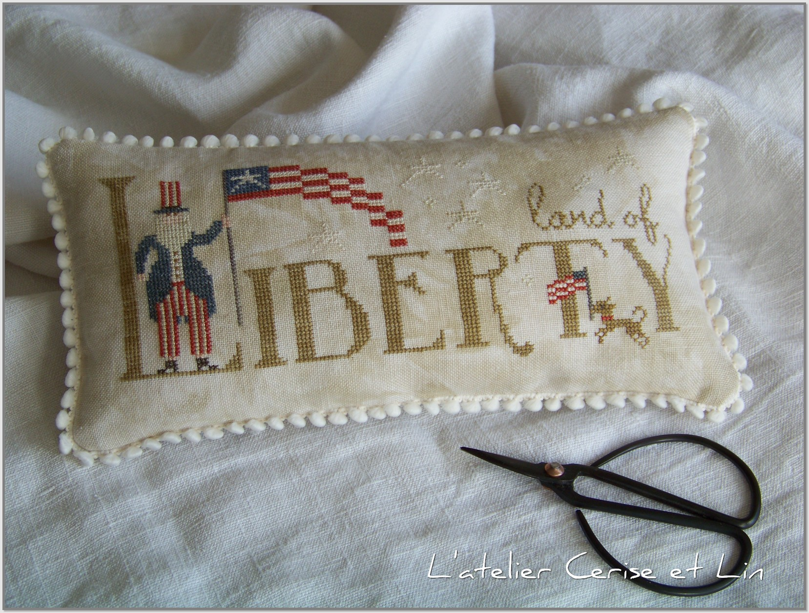 Coussin Land of Liberty 024